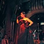 Black Plumed Star - Total look Per Grace Hall
